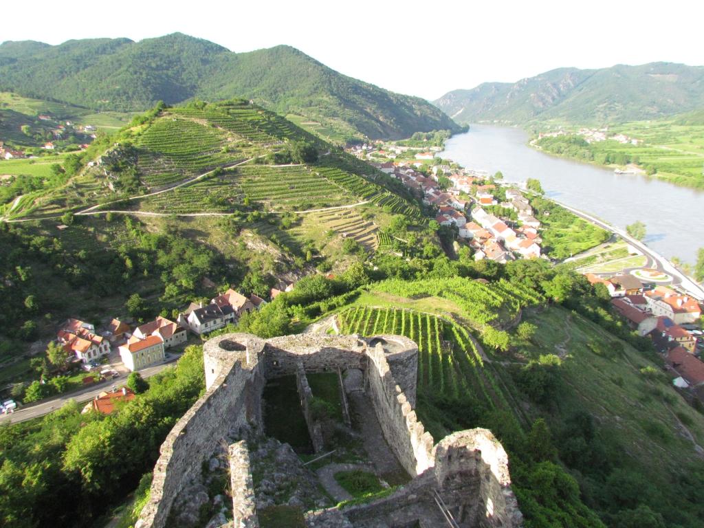 """""""Die Wachau bei Spitz an der Donau"""" von Roman Zoechlinger - Eigenes Werk. Lizenziert unter CC BY-SA 3.0 über Wikimedia Commons."""